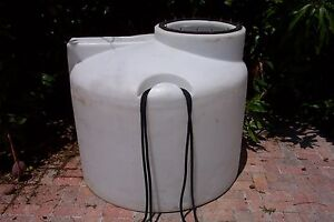 Used 250 Gallon White Poly Free Standing Tank Made By Chem tainer In Hawaii