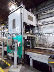 400 Ton 29 6 Oz Newbury Vertical Injection Molding Machine 00