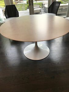 New Mint Knoll 54 Inch Tulip Dining Table Carerra Marble White