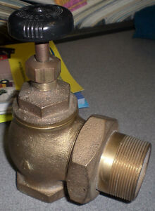 2 Angle Radiator Valve Solid Brass Never Used Free Shipping 110 108