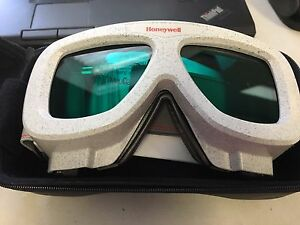Uvex By Honeywell Ls670 Anti fog Laser Safety Glasses Goggles Aqua Lenses