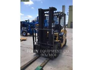 2015 Caterpillar P5000 Telescopic Telehandler Forklifts