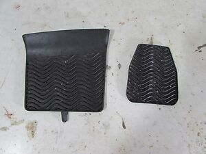 Saab 9 3 93 Oem Center Console Rubber Cup Holder Center Console Insert Trim