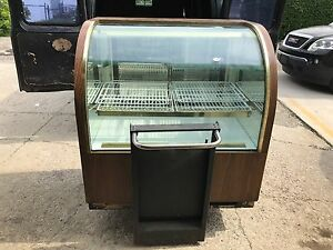 Refrigerated Commercial Curved Glass Bakery Display Case 48x36x50 Wood Finish