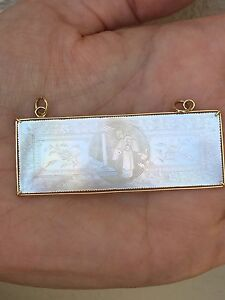 Chinese Mother Of Pearl Gaming Counter Framed In 14k Gold
