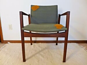 Walter Nugent Designs Walnut Arm Chair C 15 Lounge Office Chair Gray Yellow Mcm