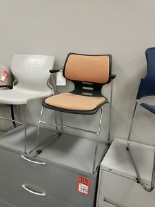 New 9to5 Guest Chair 1020 gt ct Chrome L375
