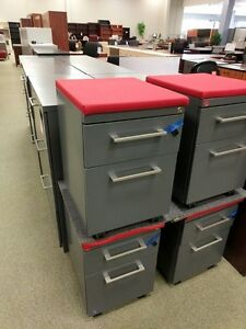 Haworth Mobile File Pedestal File Cabinet On Wheels Wt Cushion