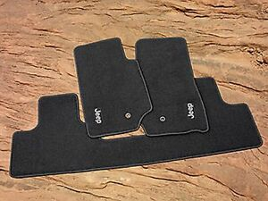 2007 2013 Jeep Wrangler Unlimited Four Door Premium Carpeted Floor Mats