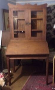 Primitive Book Shelf Slant Top Desk