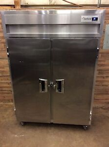 2016 Delfield Smr2 s 52 Cu Ft Two Section Solid Door Reach In Refrigerator