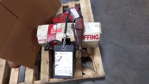 Coffing 1 2 Ton Electric Hoist Ec 1016 3 W Pendant Chain Cont With Trolley