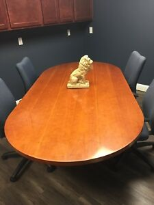 8 Ft Conference Table Light Oak Color Gently Used 2 Cyclinder Base Supports