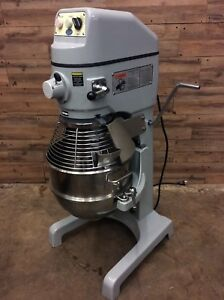 Globe Sp30 Gear Driven 30 Qt Commercial Planetary Floor Mixer 115v 1 Hp
