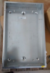 Square D By Schneider Electric Mh32 Panelboard Enclosure Box 32 H X 20 W