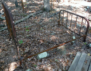 Antique Full Sz Iron Metal Bed Ready To Restore Ups Shipping Local Pick Up