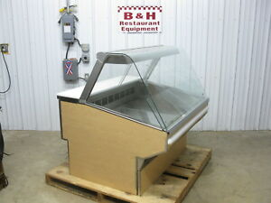 Federal 4 Full Service Curved Glass Refrigerated 48 Bakery Deli Display Case