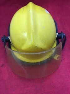 Cairns Fire Fighter Adjustable Helmet Turnout Gear Yellow W visor Unit 1