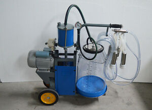Cow Milker Electric Piston Milking Machine For Cows Transparent Bucket 170678