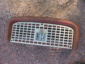 International Ih Farmall Tractor 460 560 Front Nose Cone Grille Bonnet Screen