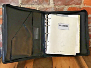 Vintage Day Runner Planner Zippered Binder Black Organizer 7 Ring Handles Pro