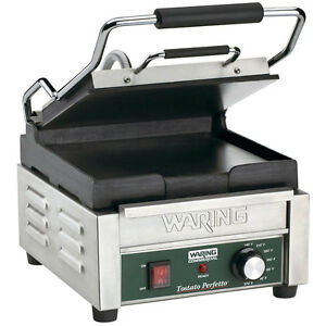 120 Volt Smooth Top Smooth Bottom Restaurant Panini Sandwich Grill