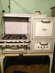Antique Bengal Gas Stove