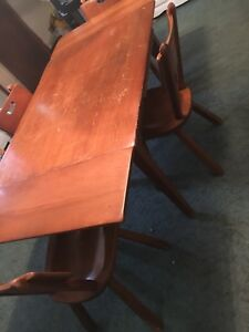 Vintage Cushman Colonial Creations Table W 2 Leaves 4 Chairs