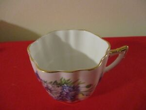 Vintage Windsor Bone China Quatrefoil Blue Pink And White Flowers Tea Cup