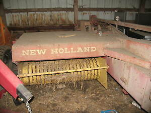 New Holland 269 Square Hay Baler Hayliner