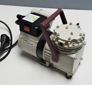 Knf Neuberger N022at 18 Ptfe Diaphragm Lab Vacuum Comp Pump For Repair Or Parts