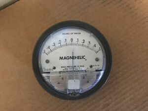 Dwyer Magnehelic Inh2o Pressure Gauge Model 2301 Inches Of Water 15 Psig Max