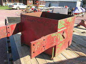 International Ih Farmall Tractor Rock Box 966 989 1066 186 1206 1086 1486