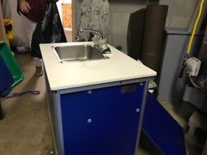 Monsam Blue Preschool And Childcare Single Basin Portable Sink