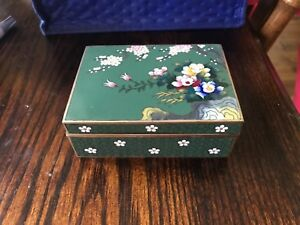 Antique Japanese Cloisonne Inaba Signed Green Floral Meji Period Trinket Box