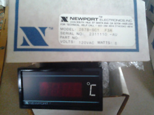 Newport 267b sc1 F3a Temperature Panel Meter Pyrometer Indicator Thermocouple 6w