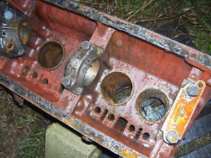 Vintage Massey Harris 555 Std Tractor 382 Diesel Engine Block 1957