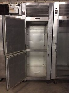 Traulsen G12001ch Single Section Solid Split Door Reach in Freezer Self containe
