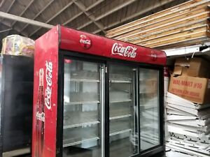Beverage air 3 door Reach in Refrigerator Cooler Model Mt66