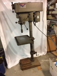 Clausing 15 Variable Drill Press