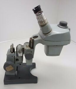 Bausch And Lomb B l 1x 2x Microscope With 10x Eye Piece