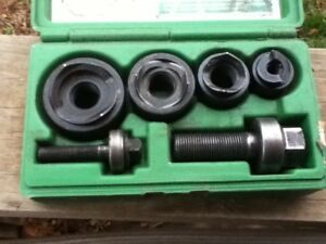 Greenlee 735bb Ball Bearing Knockout Punch Set