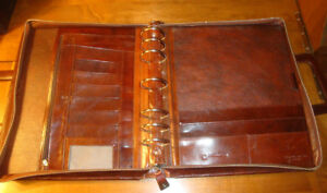 Franklin Covey 7 Ring Binder Planner Full Grain Italian Leather retractable Hndl