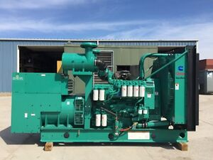 _900 Kw Cummins Onan Generator Skid Mounted 3 Phase Only 171 Hours