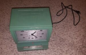 Acroprint Time Recorder Clock Punch Time No Key Vintage Used Clean