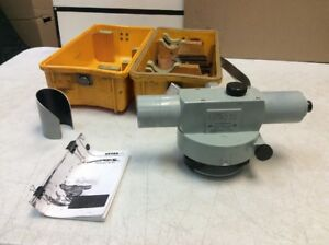 pre owned Carl Zeiss Ni2 Surveying Level W Plastic Case Extras