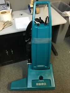 609574 Tennant 3260 Upright Wide Area Commercial Vacuum 26 Inch 230v