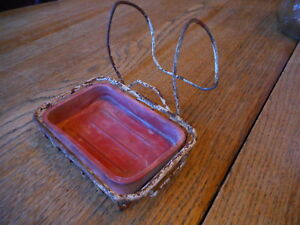 Rubbermaid Brand Very Rusty Vintage Wire Soap Dish For Antique Claw Foot Tub