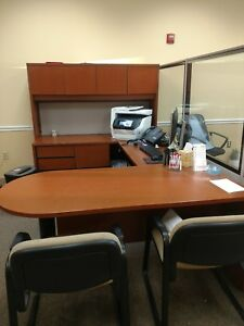 Hon Brand 10700 Office Furniture Cherry U Shaped Desk With Hutch And Chairs