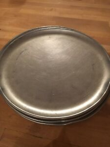 Lot Of 12 Round Aluminum 12 Commercial Pizza Trays Pizza Pans Used